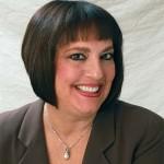 Portrait Dr Laura Hills
